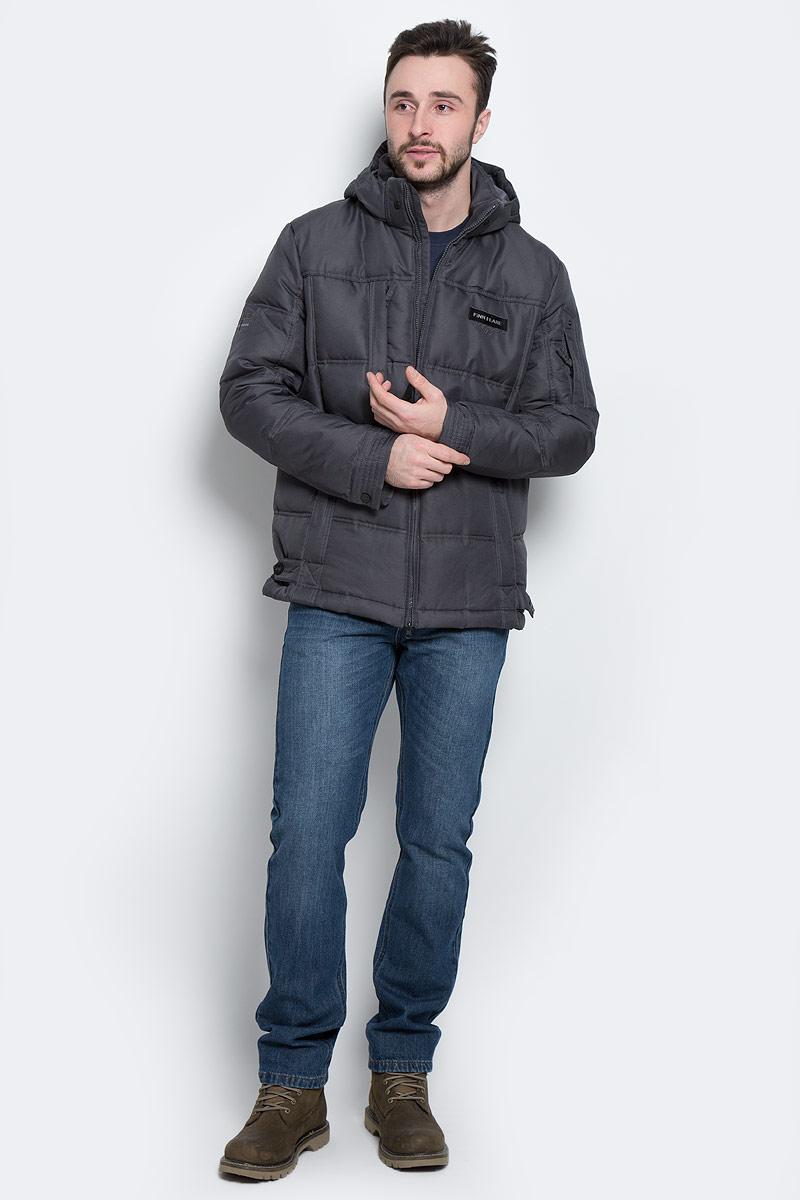 ПуховикW16-22007_611Стильный мужской пуховик Finn Flare, выполненный из высококачественного полиэстера, обеспечит максимальный комфорт при различных погодных условиях. Изделие с воротником- стойкой и съемным капюшоном застегивается на застежку-молнию. Капюшон, регулируемый эластичным шнурком со стопперами, пристегивается к пуховику с помощью металлических кнопок и на макушке имеет регулируемый хлястик. Рукава оснащены манжетами с застежками-кнопками. Спереди модель дополнена тремя прорезными карманами на молниях, на рукаве - прорезным карманом на застежке-молнии, с внутренней стороны - прорезным карманом на застежке-молнии, накладным карманом на липучке и прорезным карманом на пуговице. С внутренней стороны низ изделия регулируется с помощью эластичного шнурка со стопперами, спереди - хлястиком с кнопками.