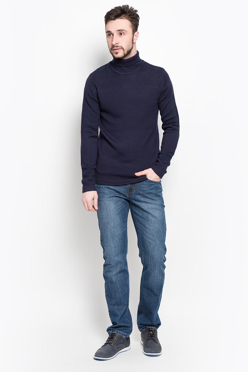 Свитер16053475_Dark NavyМужской свитер Selected Homme изготовлен из высококачественной комбинированной пряжи из шерсти и акрила. Свитер с длинными рукавами и воротником-гольф оформлен оригинальным вязаным узором. Воротник, манжеты рукавов и низ свитера связаны резинкой.