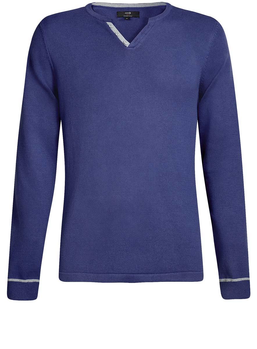 Пуловер4L212149M/21655N/4123BМужской пуловер oodji Lab изготовлен из натурального хлопка. Модель с длинными рукавами декорирована на горловине контрастной планкой с пуговицами. Низ рукавов связан трикотажной резинкой.