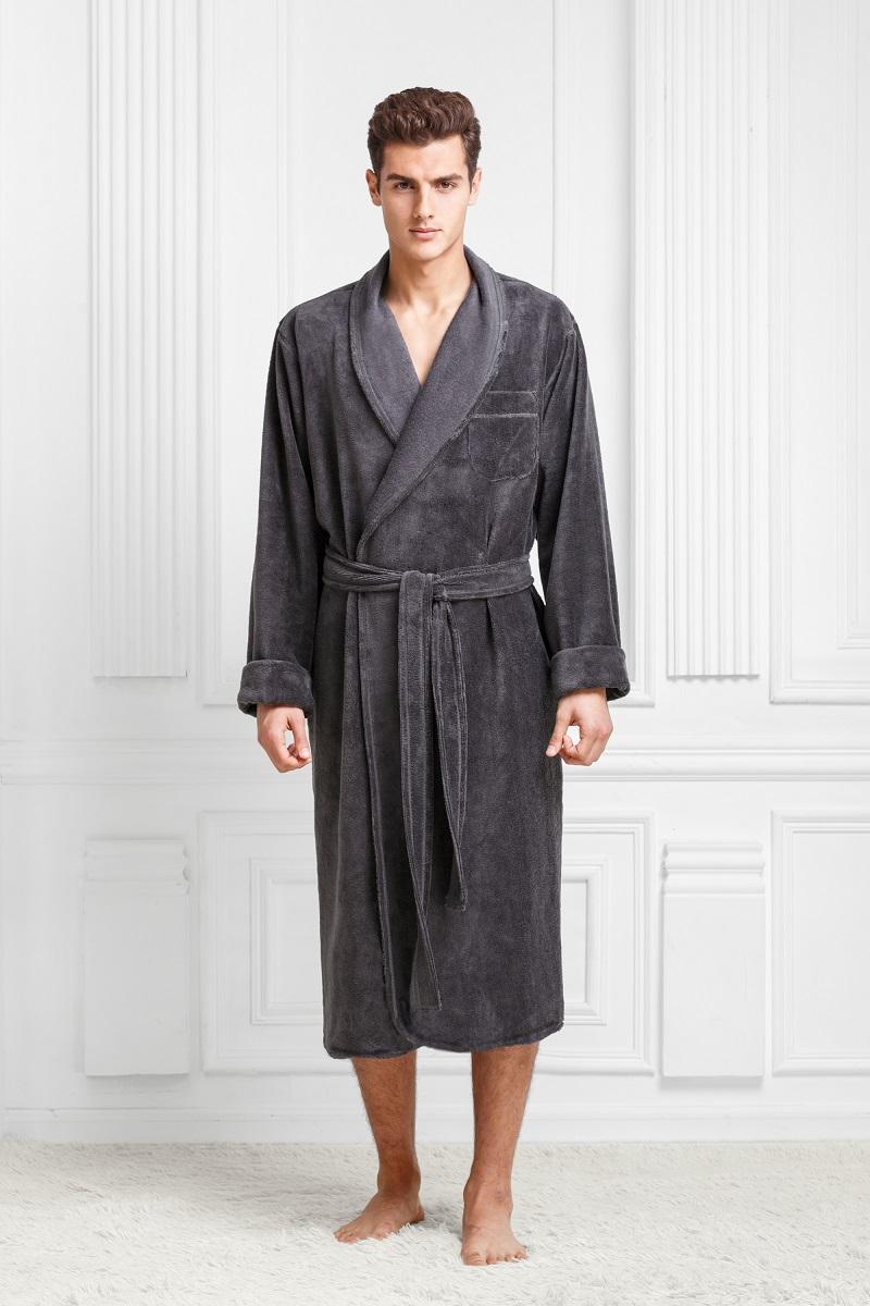 Халат9060117185Классический халат в теплой мягкой и легкой ткани. Максимально удобный. Цвета классические, глубокие, с интересным оттенком. Модель идеально подойдет приверженцам классики и консерватизма.