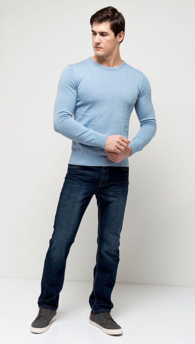 Джемпер мужской Sela, цвет: небесно-голубой. JR-214/854-7141. Размер XXL (54)JR-214/854-7141Стильный мужской джемпер Sela выполнен из натурального хлопка мелкой вязки. Модель полуприлегающего кроя с длинными рукавами подойдет для офиса, прогулок и дружеских встреч и будет отлично сочетаться с джинсами и брюками. Мягкая ткань комфортна и приятна на ощупь. Воротник, манжеты рукавов и низ изделия связаны резинкой.