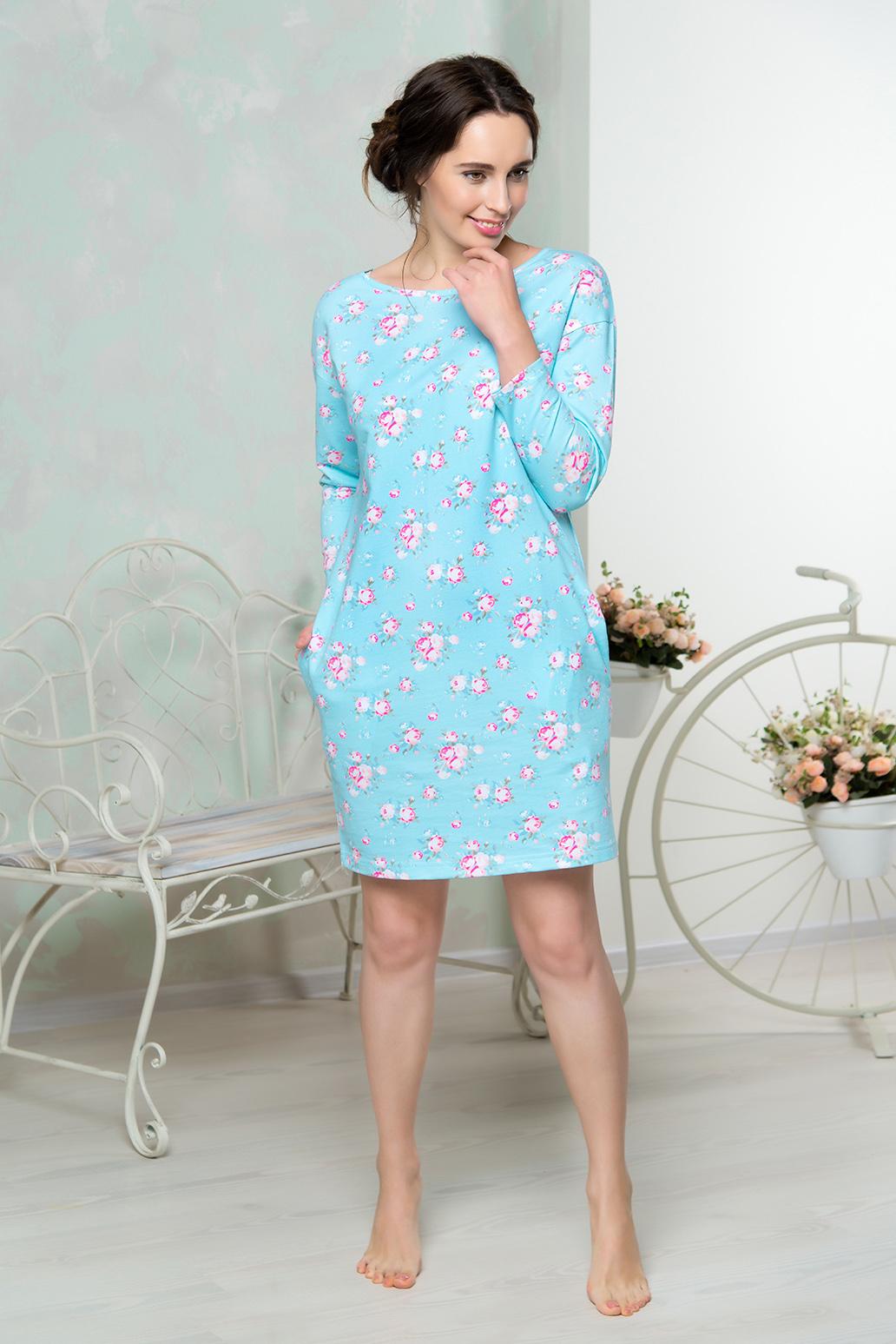 Платье домашнее Mia Cara, цвет: голубой. AW16-MCUZ-851. Размер 54/56AW16-MCUZ-851Платье домашнее Mia Cara выполнено с длинными рукавами и цветочным принтом. Модель изготовлена из высококачественного хлопка с добавлением эластана. Спинка дополнена вырезом и завязками, по бокам имеются врезные карманы.