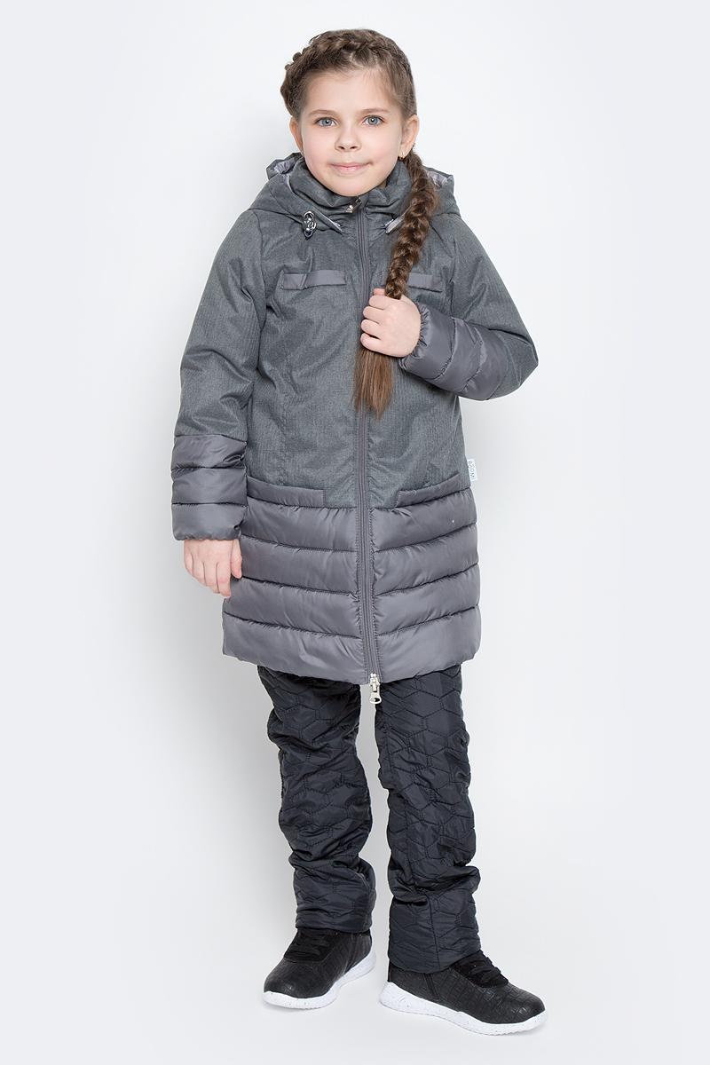 Пальто для девочки Boom!, цвет: серый. 70006_BOG_вар.2. Размер 134, 9-10 лет70006_BOG_вар.2Пальто для девочки Boom! изготовлено из полиэстера, подкладка - из полиэстера с добавлением вискозы, утеплитель Flexy Fiber. Модель застегивается на молнию, спереди имеются два глубоких кармана и две декоративные планки. Съемный капюшон пристегивается на пуговицы. Капюшон оснащен резинкой-утяжкой со стопперами. Рукава снизу собраны на резинки.