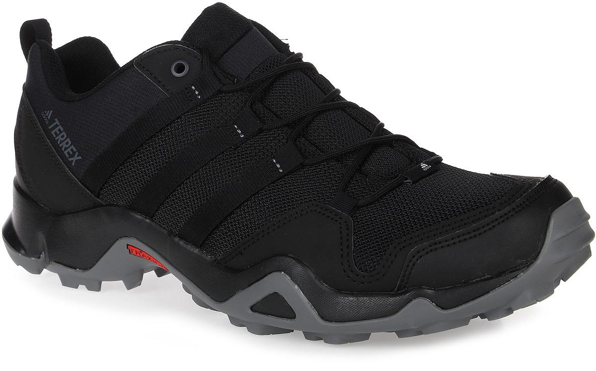 Кроссовки мужские трекинговые adidas Terrex Ax2R, цвет: черный. BA8041. Размер 10,5 (44)BA8041Мужские трекинговые кроссовки adidas Terrex Ax2R выполнены из текстиля и искусственной кожи. Модель оформлена фирменными нашивками и принтом. Шнурки надежно зафиксируют модель на ноге. Ярлычок на заднике упростит надевание модели. Внутренняя поверхность из сетчатого текстиля комфортна при движении. Стелька выполнена из легкого ЭВА-материала с поверхностью из текстиля.Подошва изготовлена из высококачественной резины и дополнена протектором.