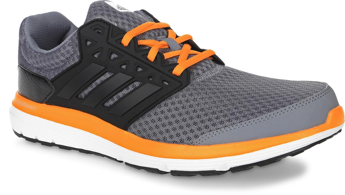 КроссовкиBB3187Мужские кроссовки для бега adidas Galaxy 3.1, выполненные из сетчатого текстиля и кожи, оформлены фирменными нашивками. Шнурки надежно зафиксируют модель на ноге. Внутренняя поверхность из текстиля комфортна при движении. Стелька выполнена из легкого ЭВА-материала с поверхностью из текстиля. Подошва изготовлена из высококачественной легкой резины и оснащена технологией Cloudfoam для поглощения ударных нагрузок и комфортной посадки без разнашивания. Поверхность подошвы дополнена рельефным рисунком.