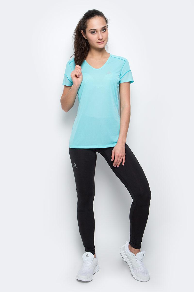 ФутболкаL39285600Женская футболка Salomon Trail Runner Ss Tee изготовлена из полиэстера. Модель с V-образной горловиной, короткими рукавами и плоскими швами будет удобна во время спортивных тренировок и пробежек. Футболка дополнена светоотражающими принтами спереди и на спине.