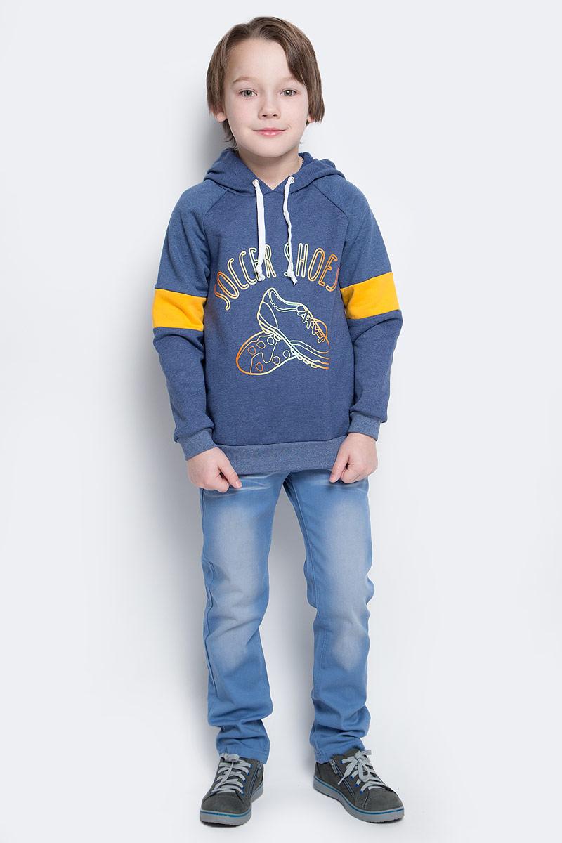 Толстовка для мальчика КотМарКот, цвет: темно-синий. 20816. Размер 116, 6 лет20816Толстовка для мальчика КотМарКот изготовлена из натурального хлопка. Толстовка с длинными рукавами-реглан имеет капюшон, объем которого регулируется при помощи шнурка-кулиски. Низ и манжеты рукавов толстовки дополнены широкими трикотажными резинками. Толстовка оформлена принтом с изображением кроссовок и надписью Soccer Shoes.
