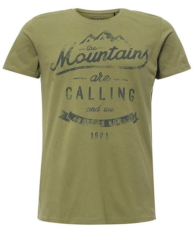 ФутболкаTs-211/2069-7213Стильная мужская футболка полуприлегающего силуэта Sela изготовлена из натурального хлопка и оформлена оригинальным принтом с надписями. Воротник дополнен мягкой трикотажной резинкой. Яркий цвет модели позволяет создавать модные образы.