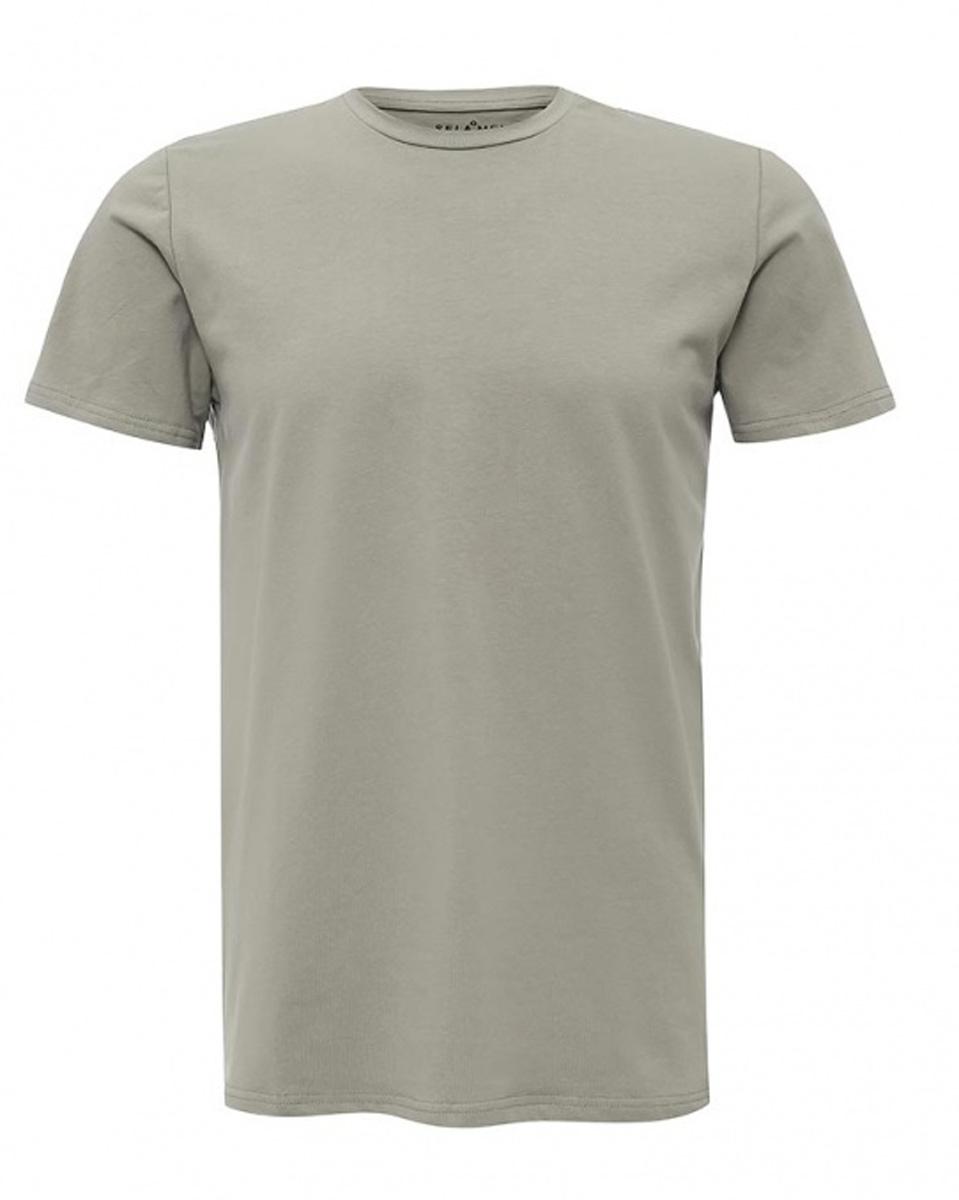 ФутболкаTs-211/1128-7141Стильная мужская футболка полуприлегающего силуэта Sela изготовлена из качественного хлопкового материала однотонного цвета. Воротник дополнен мягкой трикотажной резинкой. Универсальный цвет позволяет сочетать модель с любой одеждой.