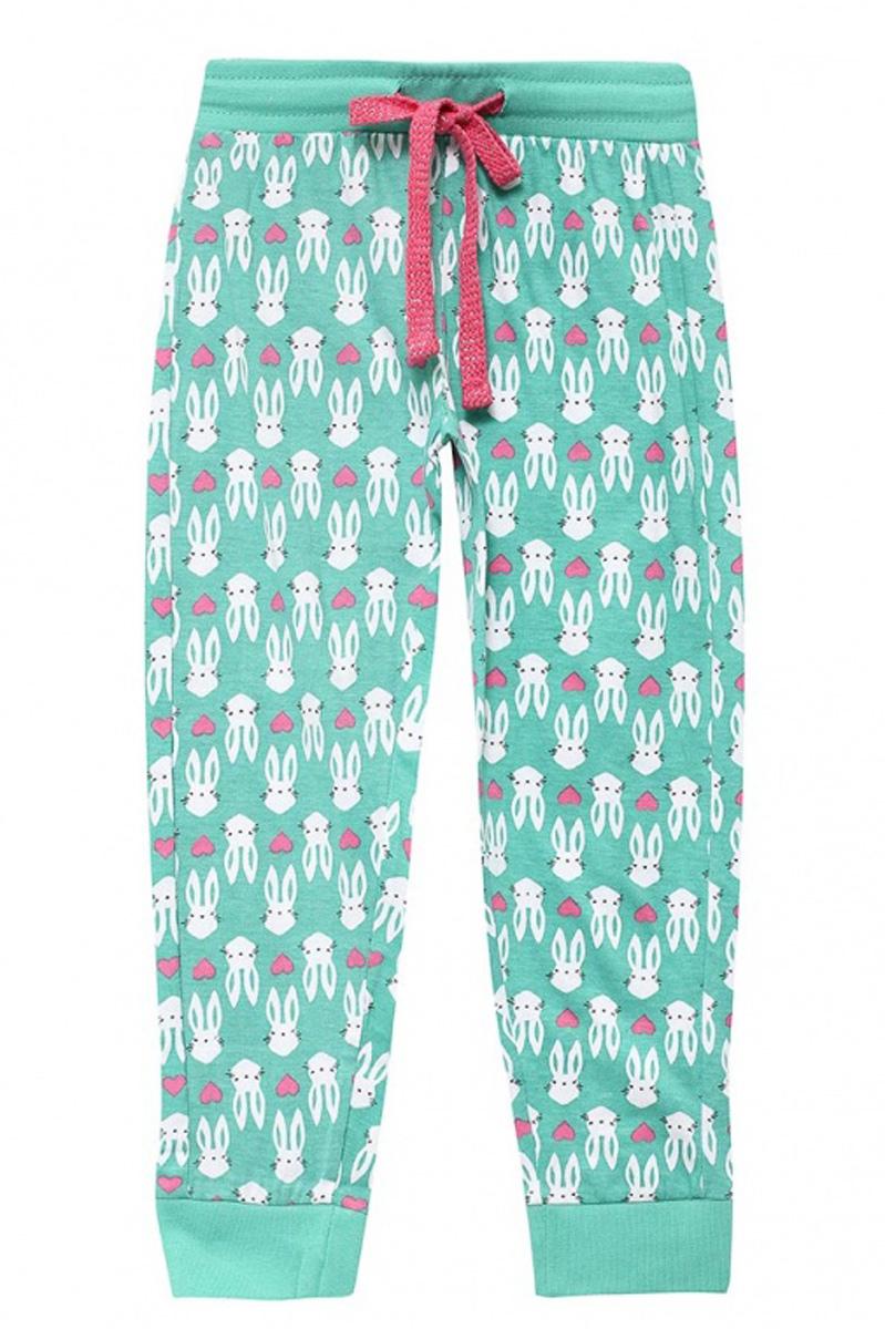 БрюкиPH-5665/003-7100Модные брюки для девочки Sela, выполненные в спортивном стиле, станут отличным дополнением к гардеробу юной модницы. Брюки выполнены из натурального хлопка и оформлены оригинальным принтом. Широкий пояс на мягкой резинке дополнительно регулируется шнурком. Низ брючин дополнен мягкой трикотажной резинкой.