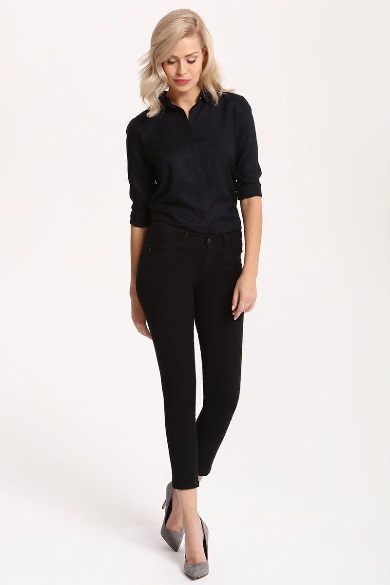 РубашкаSKL2215GRРубашка женская Top Secret выполнена из 100% вискозы. Модель с отложным воротником застегивается на пуговицы.