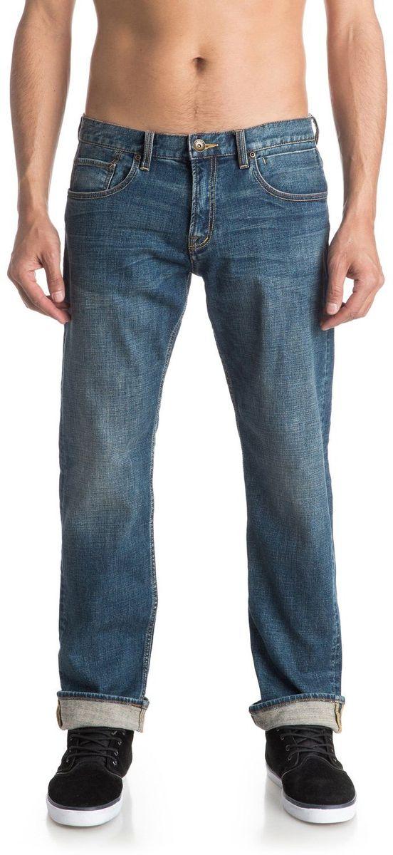 ДжинсыEQYDP03315-BYGWМужские джинсы Quiksilver выполнены из высококачественного материала. Джинсы застегиваются на пуговицу в поясе и ширинку на застежке-молнии, дополнены шлевками для ремня. Спереди модель дополнена двумя втачными карманами, одним маленьким накладным, а сзади - двумя накладными карманами.