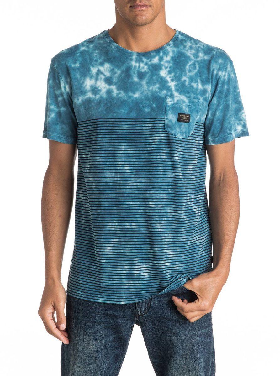 Футболка мужская Quiksilver, цвет: голубой. EQYKT03505-BSW0. Размер M (48/50)EQYKT03505-BSW0Мужская футболка Quiksilver изготовлена из качественного материала. Модель выполнена с круглой горловиной и короткими рукавами. На груди модель дополнена карманом.