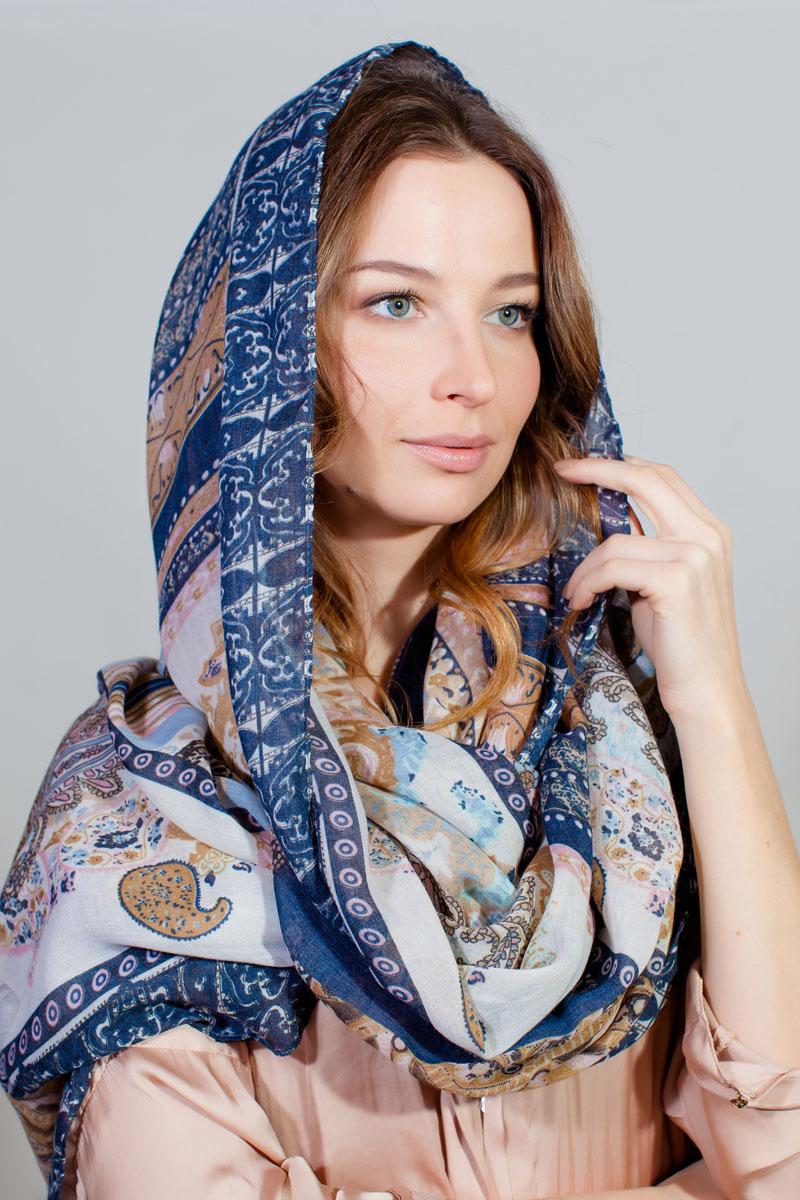 Палантин Sophie Ramage, цвет: синий, белый, бежевый. YY-11730-45. Размер 80 см х 180 смYY-11730-45Стильный палантин Sophie Ramage изготовлен из модала и шелка. Изделие оформлено оригинальным принтом