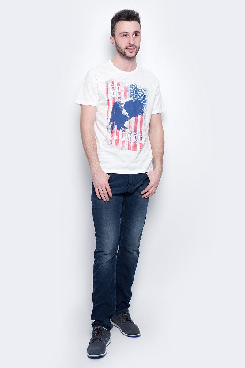 Футболка мужская Tom Tailor, цвет: белый. 1037209.00.10_2063. Размер XL (52)1037209.00.10_2063Мужская футболка Tom Tailor выполнена из натурального хлопка. Модель с круглым вырезом горловины и короткими рукавами оформлена оригинальным принтом.