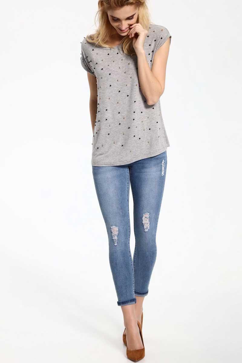 ДжинсыSSP2425NIСтильные женские джинсы Top Secret - джинсы высочайшего качества на каждый день, которые прекрасно сидят. Модель изготовлена из высококачественного комбинированного материала. Эти модные и в тоже время комфортные джинсы послужат отличным дополнением к вашему гардеробу. В них вы всегда будете чувствовать себя уютно и комфортно.