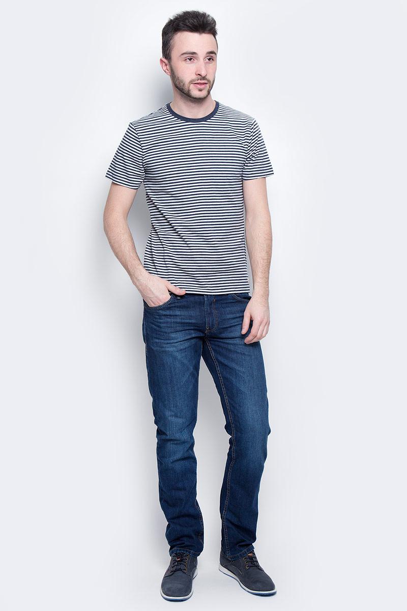 ФутболкаB737301_Silver Melange StripedМужская футболка Baon выполнена из натурального хлопка. Модель с круглым вырезом горловины и короткими рукавами оформлена принтом в полоску.