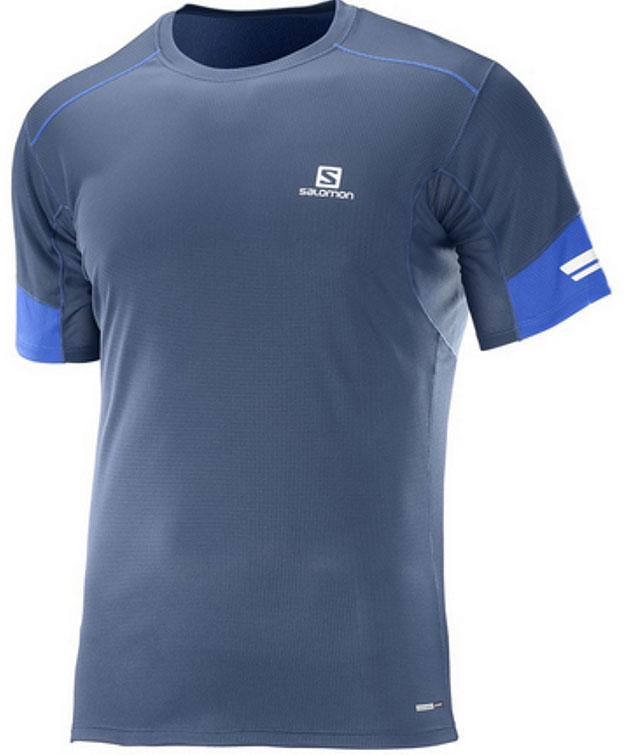 ФутболкаL39261200Легкая функциональная футболка Salomon с сетчатым карманом для спортивного геля и светоотражающими на 360° элементами для бега в любое время суток.
