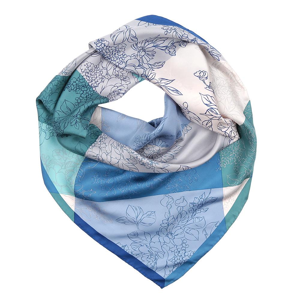 Платок женский Fabretti, цвет: зеленый, голубой. CX1617-25-3. Размер 90 см х 90 смCX1617-25-3Изысканный женский платок Fabretti выполнен из натурального шелка, который придает изделию неповторимый роскошный блеск и гладкость фактуры. Тонкая и прочная нить, создающая струящуюся ткать, подчеркнет изысканный вкус своей обладательницы.
