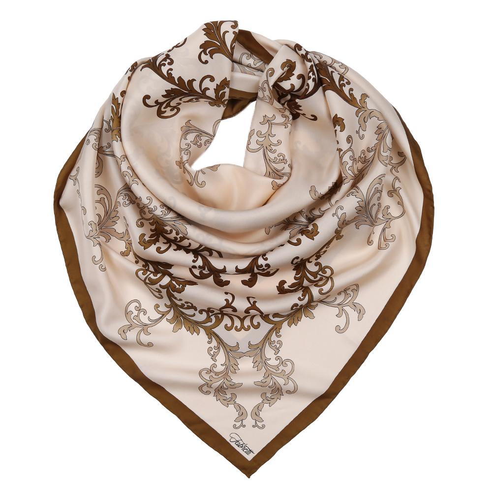 ПлатокCX1617-37-1Изысканный женский платок Fabretti выполнен из натурального шелка, который придает изделию неповторимый роскошный блеск и гладкость фактуры. Тонкая и прочная нить, создающая струящуюся ткать, подчеркнет изысканный вкус своей обладательницы.