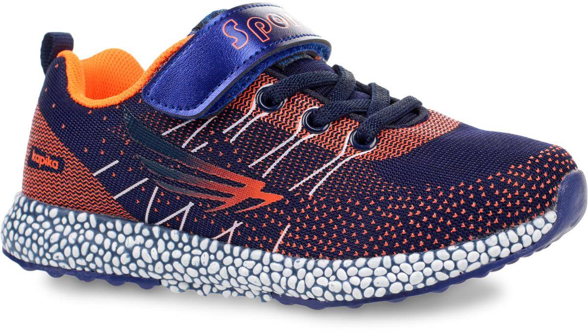Кроссовки для мальчика Kapika, цвет: темно-синий, оранжевый. 73278-1. Размер 3373278-1Кроссовки от Kapika выполнены из дышащего текстиля с элементами из искусственной кожи. Модель на эластичной шнуровке, подъем дополнен застежкой-липучкой. Подкладка изготовлена из текстиля. Стелька из ЭВА-материала с кожаным покрытием оснащена супинатором, эффективно поглощает влагу, неприятные запахи и вибрации, снижает ударную нагрузку. Рельефная подошва из ТЭП-материала и полиуретана улучшает сцепление с покрытием.
