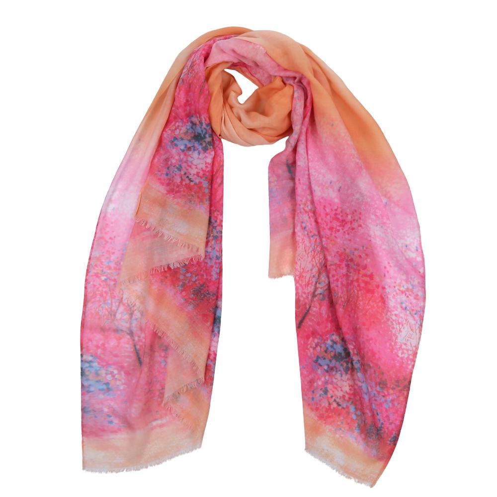 Шарф женский Fabretti, цвет: розовый, бежевый. F1532-1. Размер 190 см х 95 смF1532-1Элегантный женский шарф от итальянского бренда Fabretti имеет неповторимую мягкость и легкость фактуры. Красочное сочетание цветов позволило дизайнерам создать изысканную модель, которая станет изюминкой любого весеннего образа.