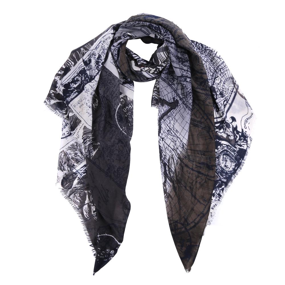 ШарфTUT482-4Элегантный женский шарф от итальянского бренда Fabretti имеет неповторимую мягкость и легкость фактуры. Красочное сочетание цветов позволило дизайнерам создать изысканную модель, которая станет изюминкой любого весеннего образа.