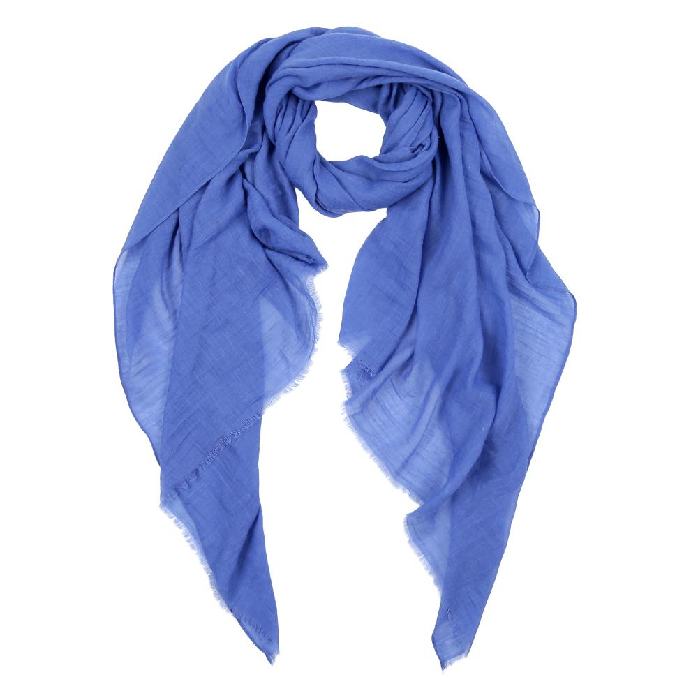 Шарф женский Fabretti, цвет: синий. Leo032-69. Размер 180 см х 90 смLeo032-69Элегантный женский шарф от итальянского бренда Fabretti имеет неповторимую мягкость и легкость фактуры. Красочные цвета позволили дизайнерам создать изысканную модель, которая станет изюминкой любого весеннего образа.