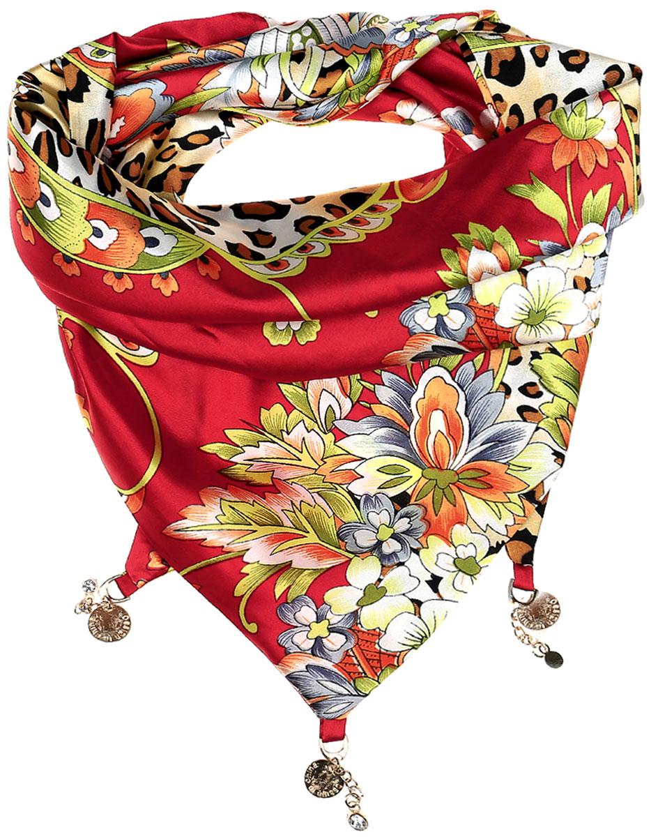 ШарфRo02S279/5347-3Элегантный женский шарфик Vittorio Richi изготовлен из полиэстера и шелка. Шарфик треугольной формы оформлен оригинальным принтом. По краям изделие дополнено металлическими декоративными утяжелителями со стразами.