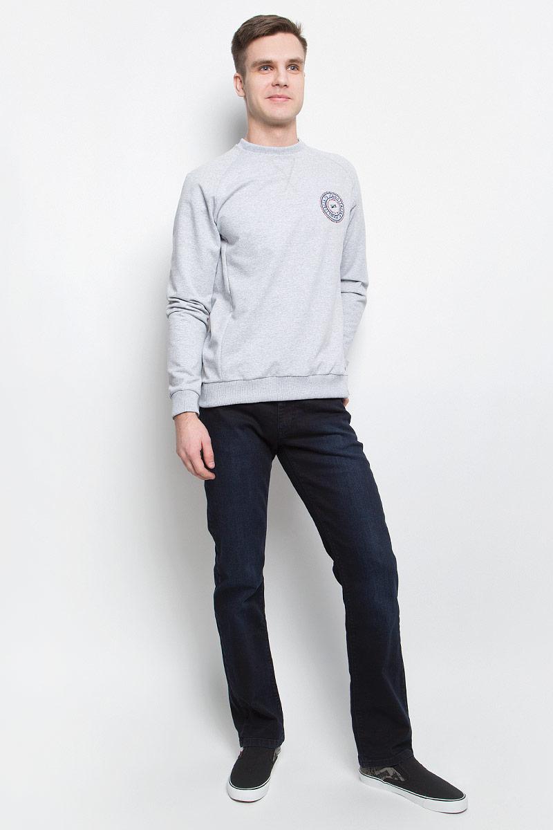 Джинсы265142_09257, Black denim Crni str., w.darkМужские джинсы F5 изготовлены из натурального хлопка с добавлением эластана. Джинсы средней посадки застегиваются на пуговицу в поясе и ширинку на застежке-молнии. На поясе имеются шлевки для ремня. Спереди модель дополнена двумя втачными карманами и одним небольшим накладным кармашком, а сзади - двумя накладными карманами. Модель оформлена эффектом легкой потертости.