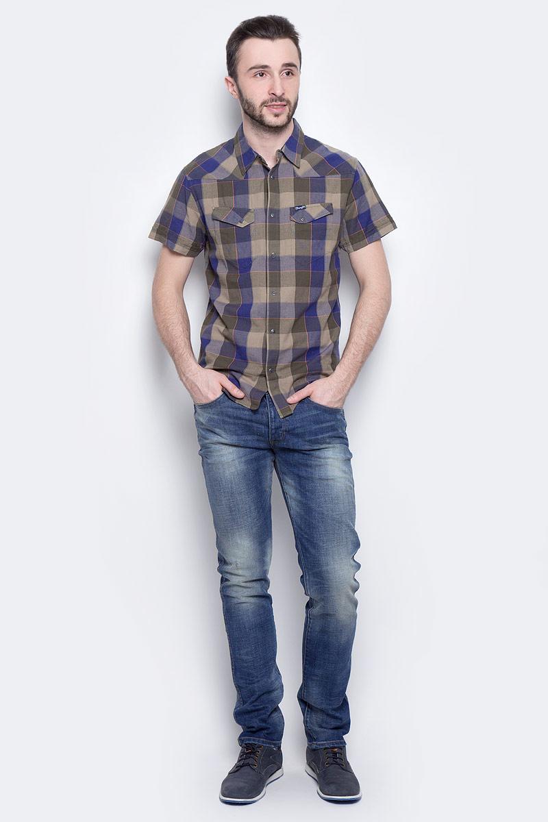 ДжинсыW16AMW88QМужские джинсы Wrangler Spencer выполнены из высококачественного эластичного хлопка. Джинсы-слим стандартной посадки застегиваются на пуговицу в поясе и ширинку на пуговицах, дополнены шлевками для ремня. Джинсы имеют классический пятикарманный крой: спереди модель дополнена двумя втачными карманами и одним маленьким накладным кармашком, а сзади - двумя накладными карманами. Джинсы украшены декоративными потертостями.