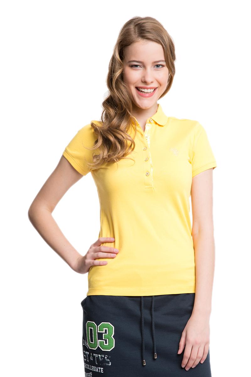 Поло женское U.S. Polo Assn., цвет: желтый. G082SZ0110RP01IY05-011. Размер S (44)G082SZ0110RP01IY05-011Стильная футболка-поло с короткими рукавами и отложным воротником выполнена из натурального эластичного хлопка. На груди модель застегивается на пуговицы.