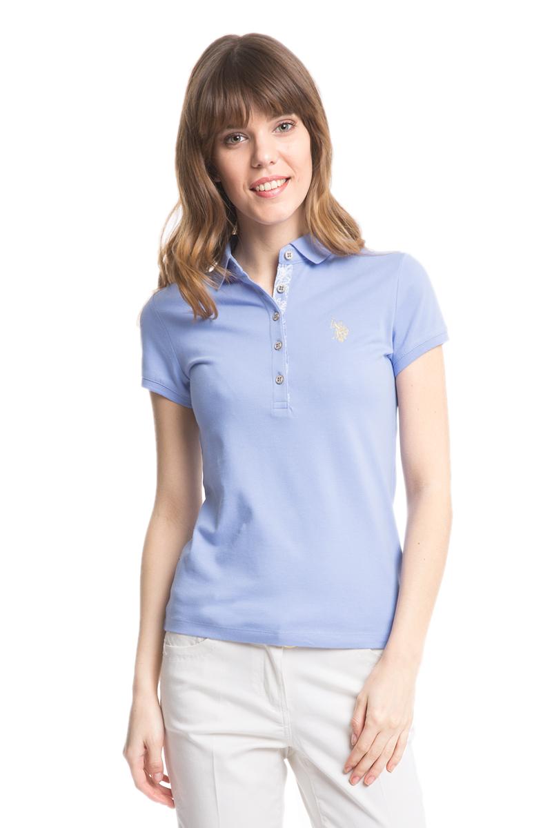 Поло женское U.S. Polo Assn., цвет: голубой. G082SZ0110RP01IY05-011. Размер L (48)G082SZ0110RP01IY05-011Стильная футболка-поло с короткими рукавами и отложным воротником выполнена из натурального эластичного хлопка. На груди модель застегивается на пуговицы.