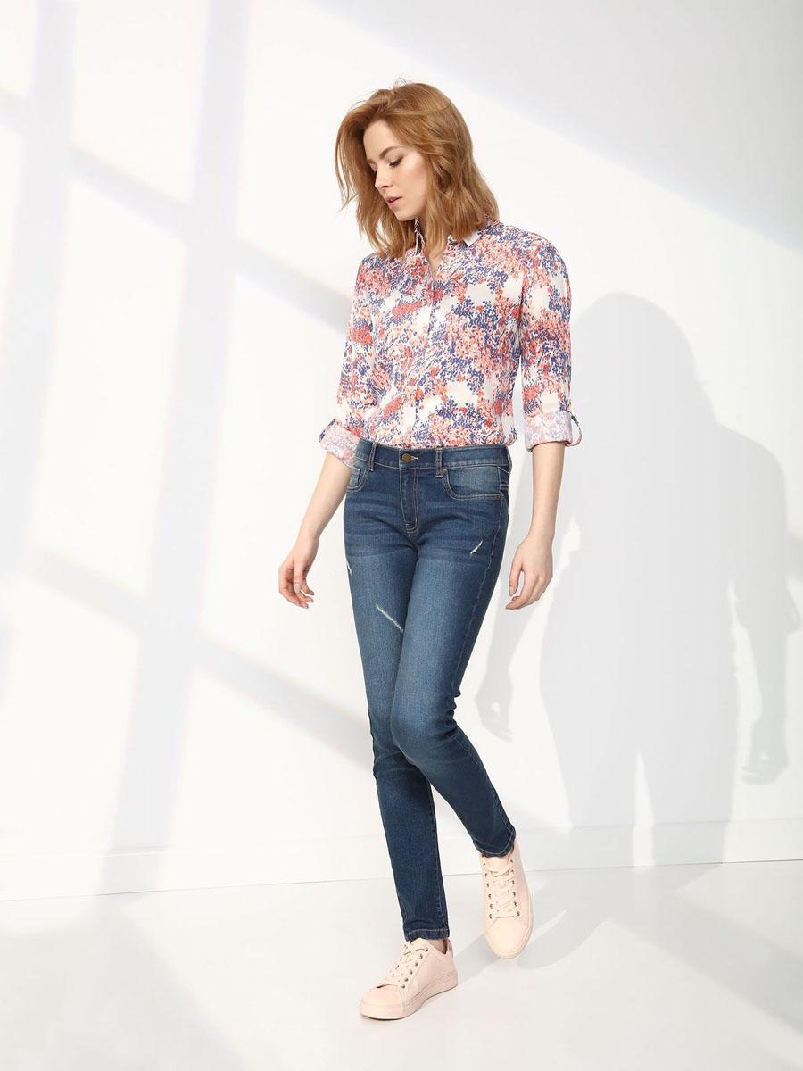 ДжинсыSSP2455NIСтильные женские джинсы Top Secret - джинсы высочайшего качества на каждый день, которые прекрасно сидят. Модель изготовлена из высококачественного комбинированного материала. Эти модные и в тоже время комфортные джинсы послужат отличным дополнением к вашему гардеробу. В них вы всегда будете чувствовать себя уютно и комфортно.
