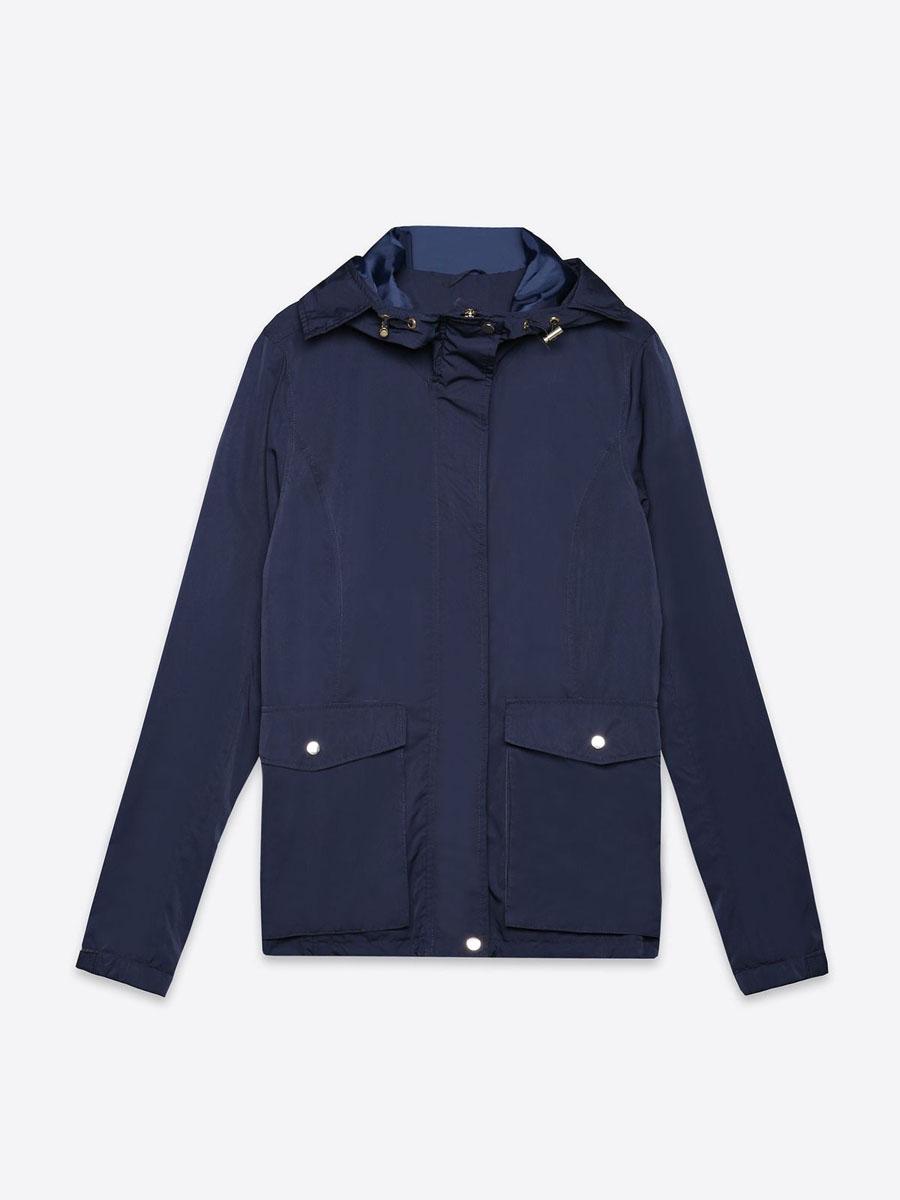 КурткаSKU0759GRЖенская куртка Top Secret выполнена из полиэстера. Модель с капюшоном и длинными рукавами застегивается на кнопки и застежку-молнию.