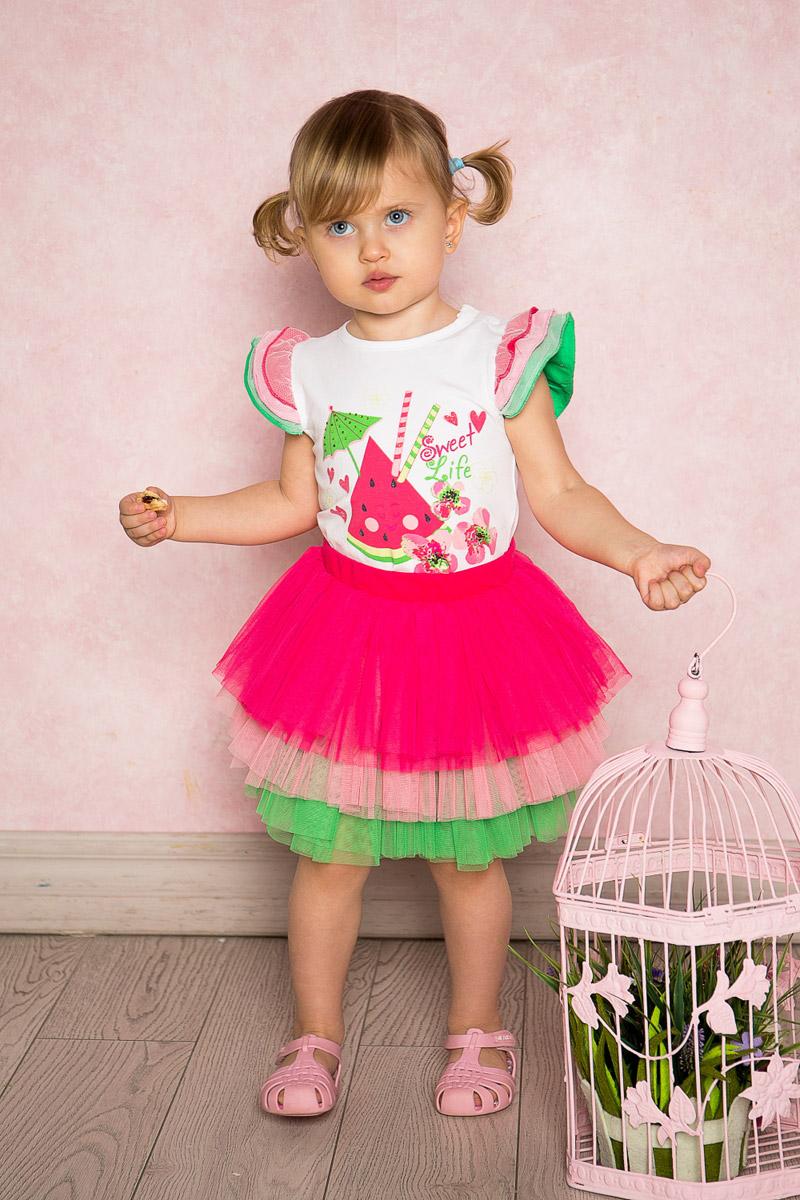 Юбка712111Яркая юбка-пачка для девочки Sweet Berry выполнена из качественной многослойной тафты трех цветов на хлопковой подкладке. Пояс собран на мягкую эластичную резинку.