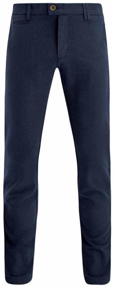 Брюки2L150077M/44371N/3937OСтильные мужские брюки oodji Lab выполнены из натурального хлопка. Модель-чинос стандартной посадки застегивается на пуговицу в поясе и ширинку на застежке-молнии, с внутренней стороны - на пуговицу. Пояс имеет шлевки для ремня. Спереди брюки дополнены двумя втачными карманами и один маленьким прорезным кармашком, сзади - двумя прорезными карманами на пуговицах.