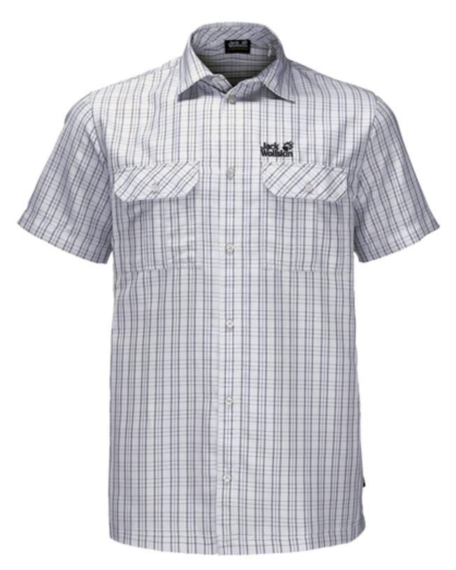 Рубашка мужская Jack Wolfskin Thompson Shirt M, цвет: светло-серый. 1401042-7508. Размер M (46)1401042-7508Рубашка мужская Thompson Shirt M выполнена из 100% полиэстера. Ткань позволяет телу дышать и быстро сохнет. Модель идеально подходит для жаркой летней погоды и поездок в жаркие страны, так как обеспечивает хорошую терморегуляцию. Рубашка застегивается на пуговицы, имеет отложной воротник и короткие стандартные рукава. Спереди расположены два накладных кармана на пуговицах, чтобы важные вещи всегда были под рукой. Модель дополнена принтом в клетку и логотипом бренда.