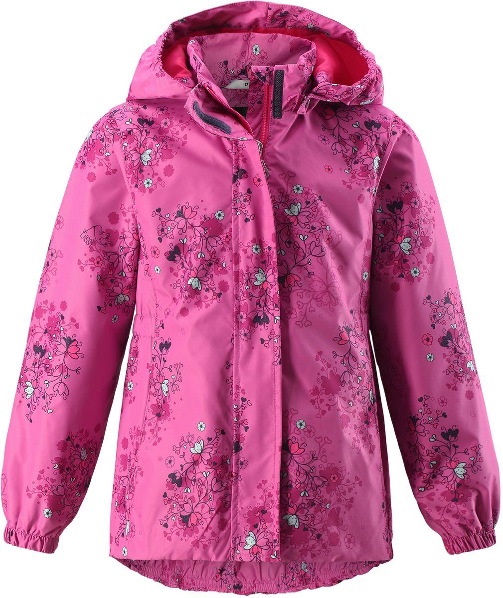 Куртка для девочки Lassie, цвет: фуксия. 721704R4861. Размер 98721704R4861Стильная демисезонная куртка для девочек изготовлена из водоотталкивающего, ветронепроницаемого и дышащего материала. Гладкая и приятная на ощупь подкладка из полиэстера на легком утеплителе согревает и облегчает процесс одевания. Удлиненная модель для девочек с эластичной талией, подолом и манжетами. Практичные детали просто незаменимы: безопасный съемный капюшон, карманы, вшитые в боковые швы, и светоотражающая эмблема сзади.