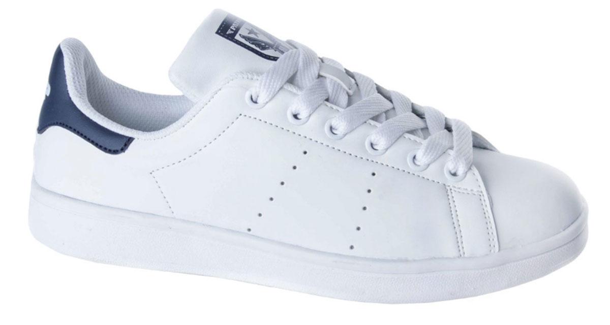 Кроссовки для мальчика Patrol, цвет: белый, синий. 777-703T-17s-01-10/16. Размер 37777-703T-17s-01-10/16Стильные кроссовки от Patrol - отличный выбор для вашего мальчика на каждый день. Верх модели выполнен из искусственной кожи с декоративной перфорацией.Классическая шнуровка на подъеме обеспечивает надежную фиксацию обуви на ноге. Подкладка и стелька из текстильного материала создают комфорт при носке. Подошва выполнена из легкого ТЭП-материала.Рифление на подошве обеспечивает отличное сцепление с любой поверхностью.Модные и комфортные кроссовки - необходимая вещь в гардеробе каждого ребенка.