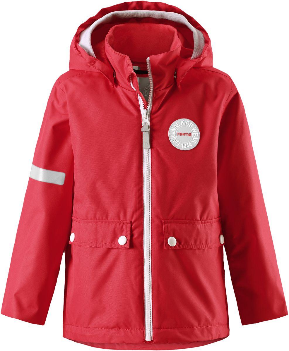 Куртка детская Reima Taag, цвет: красный. 5214813720. Размер 1225214813720В детской демисезонной куртке от Reima дождь не страшен: все основные швы проклеены, водонепроницаемы. Благодаря съемной стеганой жилетке эта куртка идеально подойдет для ранних весенних дней, ведь на улице все еще может быть холодно. А когда потеплеет, она легко превращается в облегченную модель. Большие карманы с клапанами и светоотражающие детали выполнены в ретро-стиле 70-х.