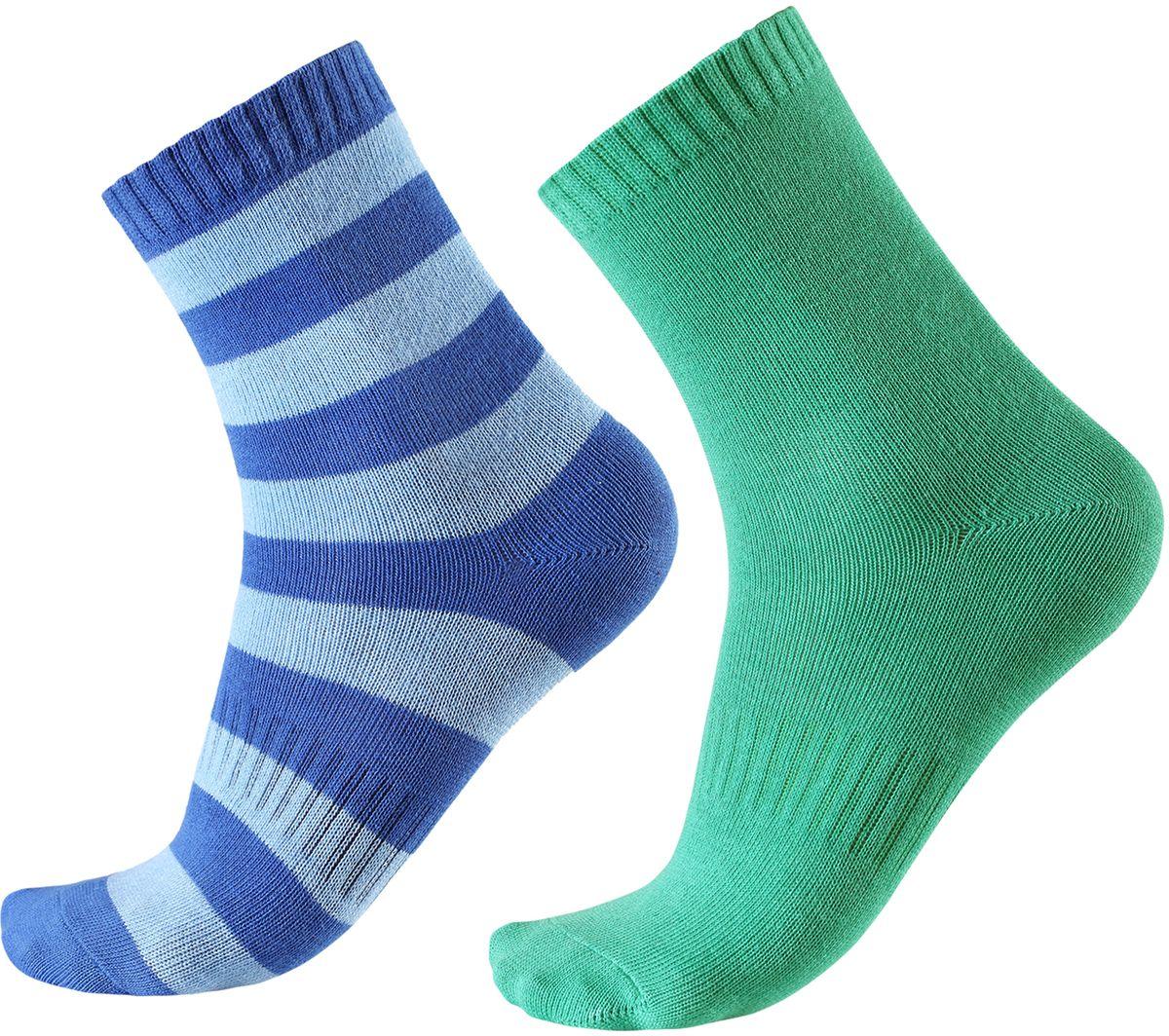 Носки детские Reima Colombo, цвет: зеленый, синий, голубой. 527267-6530. Размер 26/29527267-6530В носках из смеси Coolmax детским ножкам будет тепло и уютно. Смесь Coolmax с хлопком превосходно подходит для занятий спортом и подвижных игр на свежем воздухе, поскольку эффективно выводит влагу с кожи и не вызывает потливости. Этот материал дышит и быстро сохнет. Легкая летняя модель без ворсового усиления.