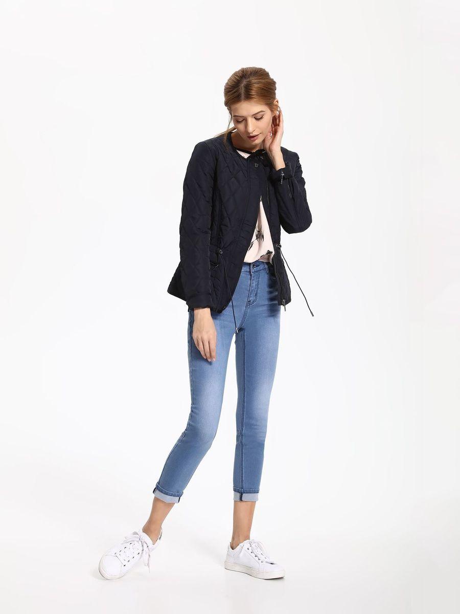 Куртка женская Top Secret, цвет: темно-синий. SKU0757GR. Размер 40 (48)SKU0757GRЖенская куртка Top Secret выполнена из полиэстера. Модель с круглым вырезом горловины и длинными рукавами застегивается на застежку-молнию.