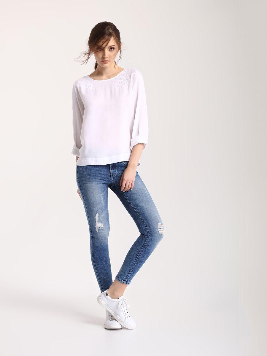 ДжинсыSSP2410NIСтильные женские джинсы Top Secret - джинсы высочайшего качества на каждый день, которые прекрасно сидят. Модель изготовлена из высококачественного комбинированного материала. Эти модные и в тоже время комфортные джинсы послужат отличным дополнением к вашему гардеробу. В них вы всегда будете чувствовать себя уютно и комфортно.