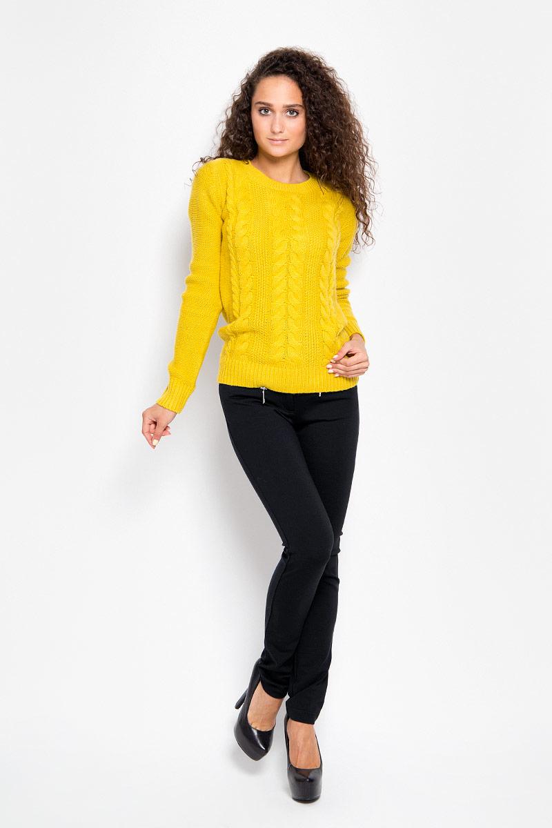 БрюкиA16-12034_101Стильные женские брюки Finn Flare - это изделие высочайшего качества, которое превосходно сидит и подчеркнет все достоинства вашей фигуры. Прямые брюки стандартной посадки выполнены из эластичной вискозы с добавлением нейлона, что обеспечивает комфорт и удобство при носке. Брюки застегиваются на пуговицу в поясе и ширинку на застежке-молнии, на поясе имеются шлевки для ремня. Брюки дополнены двумя втачными карманами на крупных застежках-молниях спереди и двумя накладными карманами сзади. Эти модные и в то же время комфортные брюки послужат отличным дополнением к вашему гардеробу и помогут создать неповторимый современный образ.