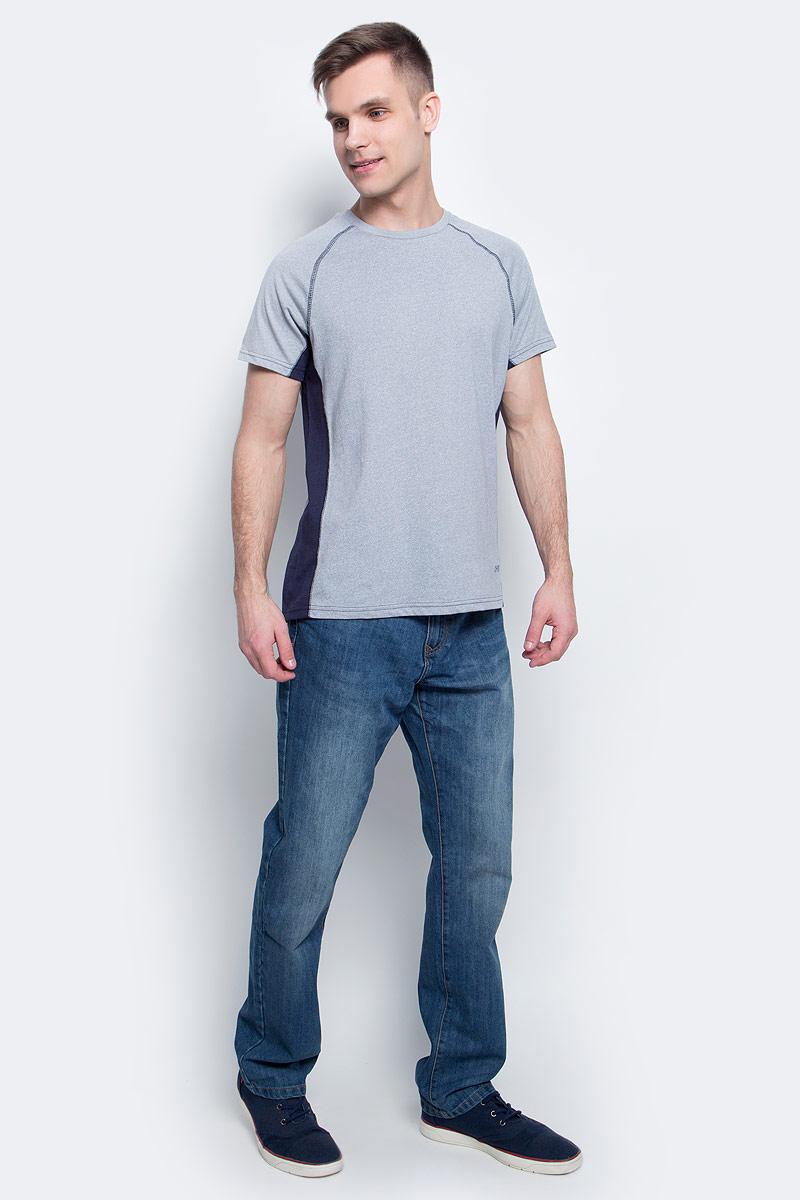 ФутболкаTs-2411/002-7111Стильная мужская футболка полуприлегающего силуэта Sela изготовлена из качественного хлопкового материала однотонного цвета с контрастными вставками по бокам. Воротник дополнен мягкой трикотажной резинкой. Универсальный цвет позволяет сочетать модель с любой одеждой.