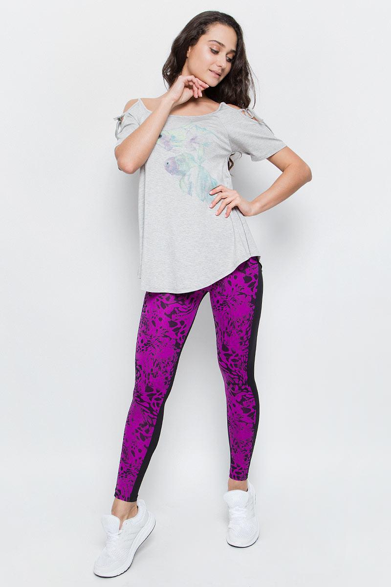ЛеггинсыAL-3017Эффектные спортивные лосины Grishko яркой модной расцветки с плотным высоким поясом прекрасный выбор для занятий фитнесом. Лосины из полиамида и лайкры не сковывают движений и подчеркивают спортивное телосложение. Материал отлично пропускает воздух, впитывает влагу и сохраняет форму. Линия эргономичной одежды создана для всех видов активных физических нагрузок.