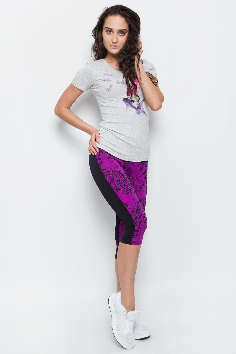 Бриджи/каприAL-3015Эффектные спортивные капри Grishko яркой модной расцветки с плотным высоким поясом прекрасный выбор для занятий фитнесом. Капри из полиамида и лайкры не сковывают движений и подчеркивают спортивное телосложение. Материал отлично пропускает воздух, впитывает влагу и сохраняет форму. Линия эргономичной одежды создана для всех видов активных физических нагрузок.
