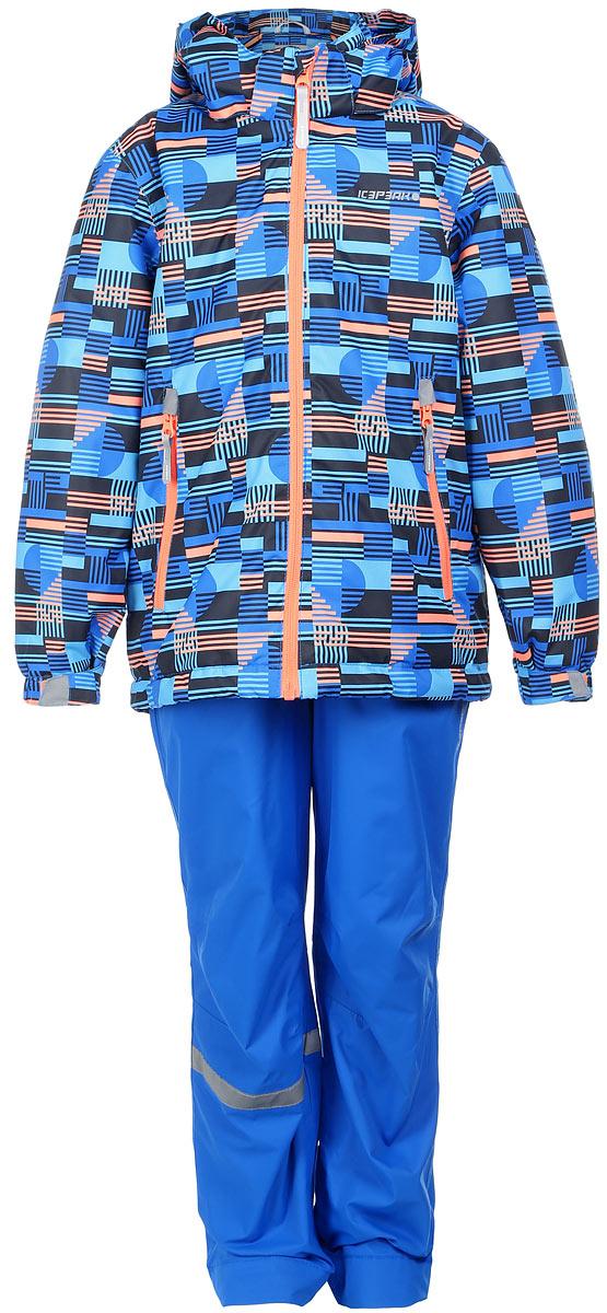 Комплект верхней одежды752001642IV_390Комплект верхней детской одежды Icepeak состоит из куртки и полукомбинезона. Куртка с капюшоном застегивается на пластиковую молнию. На рукавах предусмотрены манжеты. Спереди расположены два врезных кармана на молниях. Оформлено изделие оригинальным принтом. Брюки спереди застегиваются на пластиковую молнию и кнопку. Модель дополнена эластичными наплечными лямками, регулируемыми по длине. На талии предусмотрена широкая резинка. На комплекте предусмотрены светоотражающие элементы.