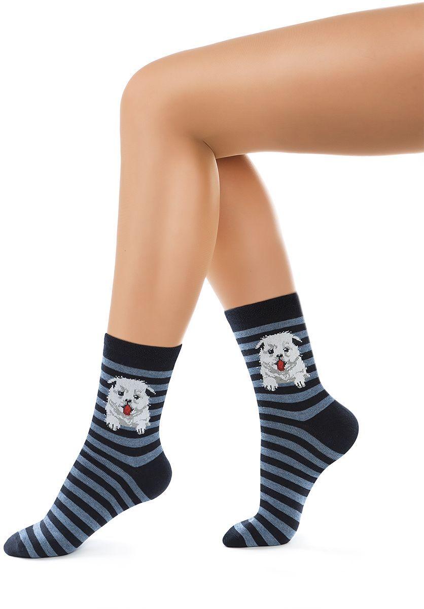Носки женские Charmante, цвет: синий. SCHK-1612. Размер 23 (35/37)SCHK-1612Женские носки Charmante с удлиненным паголенком изготовлены из высококачественного материалаобеспечивающего великолепную посадку. Удобная широкая резинка идеально облегает ногу и не пережимает сосуды, усиленные пятка и мысок повышают износоустойчивость носка.